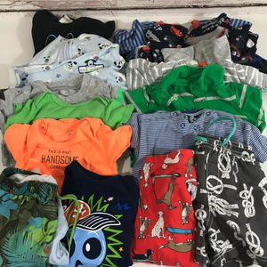 Lot of 17 boys 18 months and below